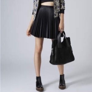 Top Shop Pleated Faux Leather midi black Skirt